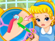 Play Baby Cinderella Doctor