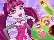 Play Draculaura's Monster Spell