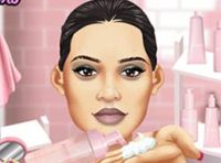 Play Kylie Jenner Beauty Routine