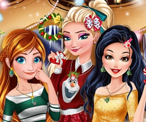 Play Princesses In Christmasland